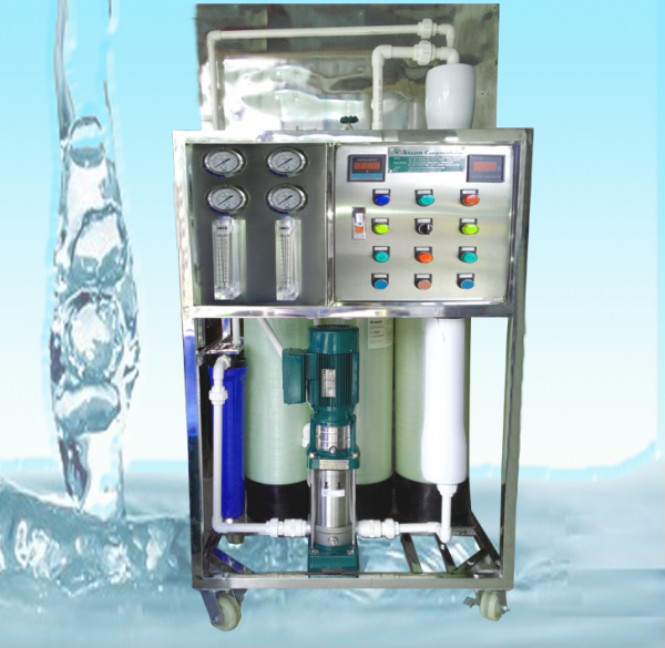 TROLLEY MOUNTAIN Reverse Osmosis and UV Water Treatment Plant